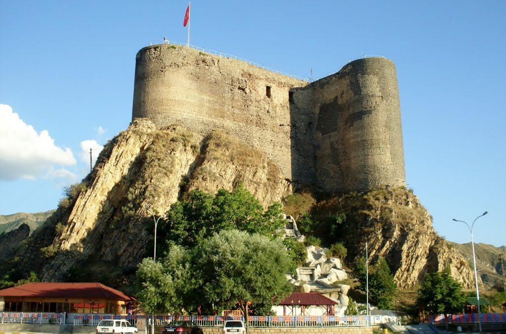 Oltu Kalesi Erzurum